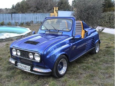 Le Roadster Blue Bird Renault 4 d'Autobodyshop